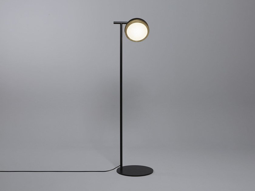 Direct light brass floor lamp MOLLY | Floor lamp by Tooy