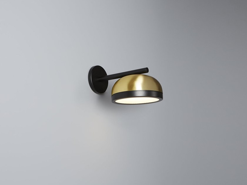 Brass wall lamp with fixed arm MOLLY | Wall lamp by Tooy