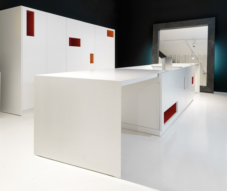 MONDRIAN | Kitchen with island By TM Italia Cucine design Roberto ...