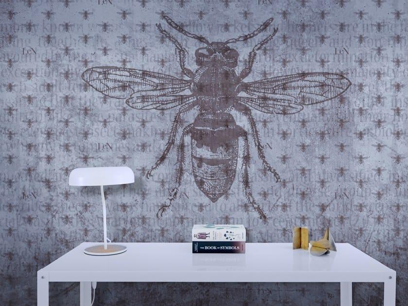 Motif vinyl wallpaper MONOGRAM REGINA by Baboon