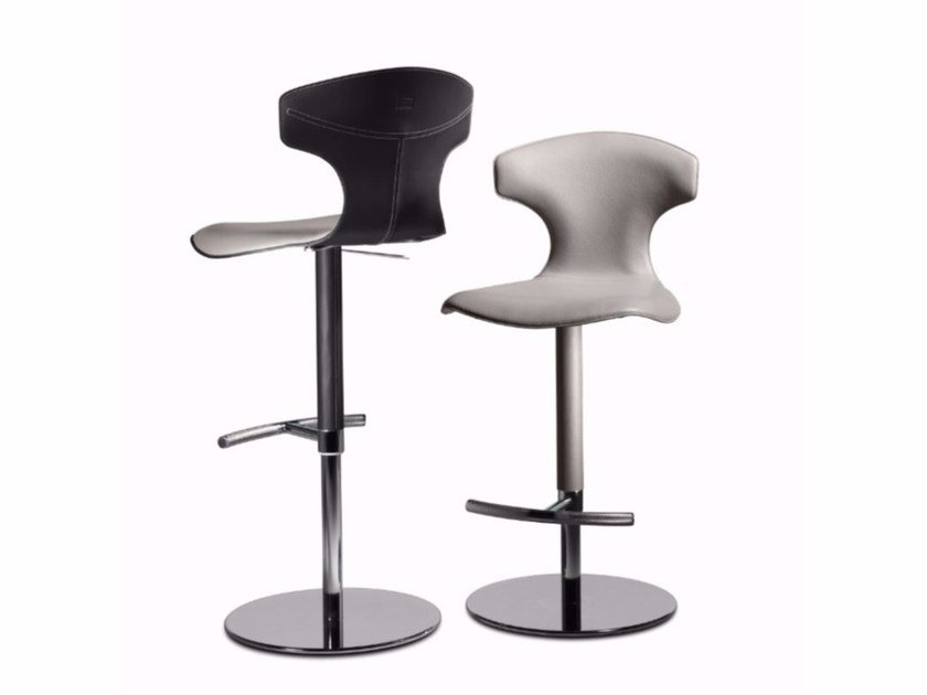 Counter stool with footrest MONTERA | Counter stool by Poltrona Frau