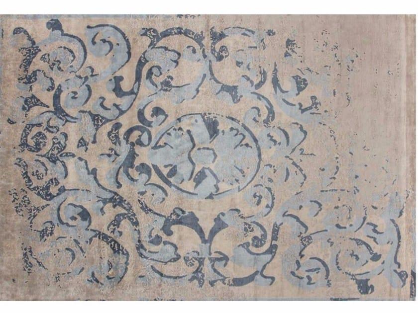 Handmade rectangular rug MONTESPAN SFUMATO GHOST PASTEL by EDITION BOUGAINVILLE