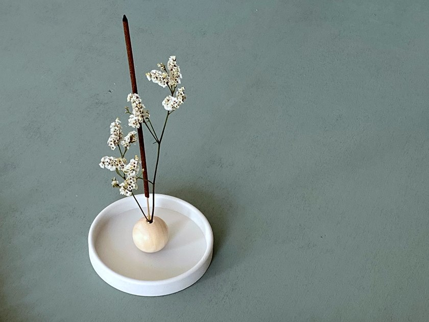 Incense holder in painted steel MOON by HIRO