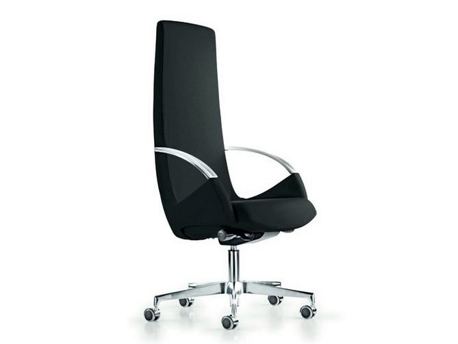Executive chair with 5-spoke base with armrests MOON | Executive chair with casters by Diemme