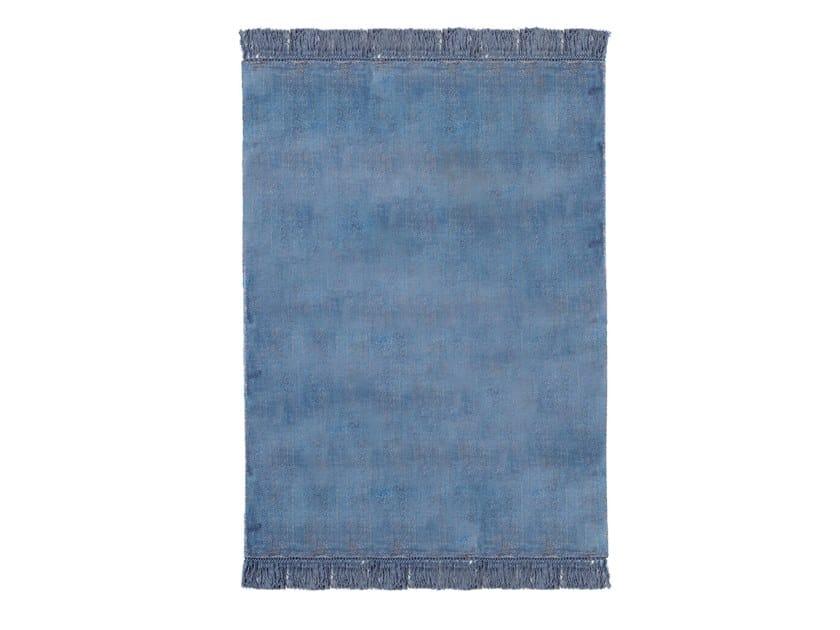 Solid-color handmade rug MOQ by Karpeta