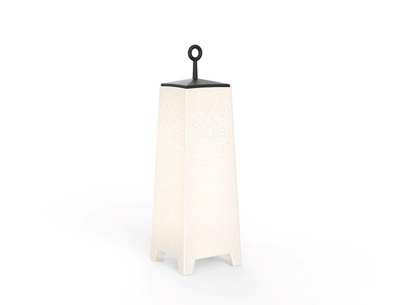 Lampada da terra per esterno a LED in polietilene senza fili MORA by VONDOM