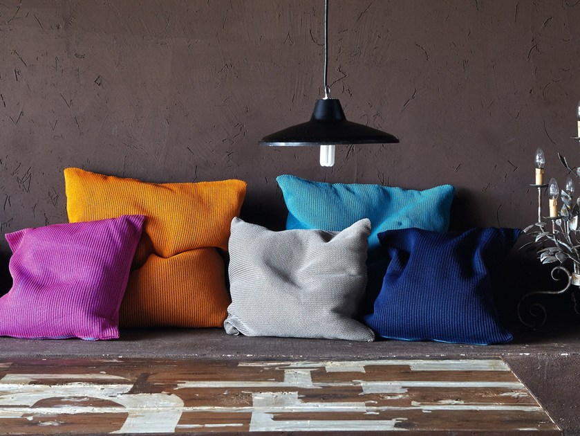 Square fabric cushion with removable cover MORFEO by Myyour
