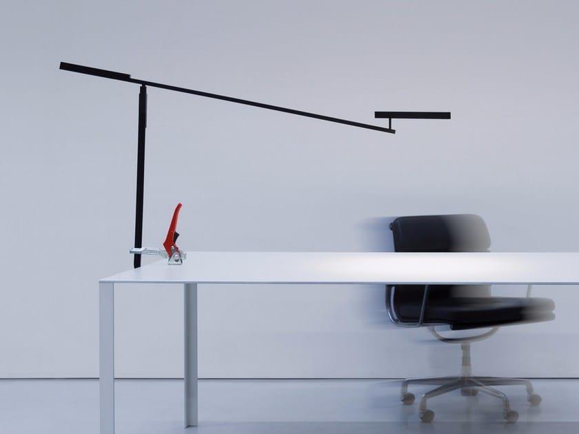 Lampada da tavolo a LED con morsetto MORSETTO | Lampada da tavolo by DAVIDE GROPPI