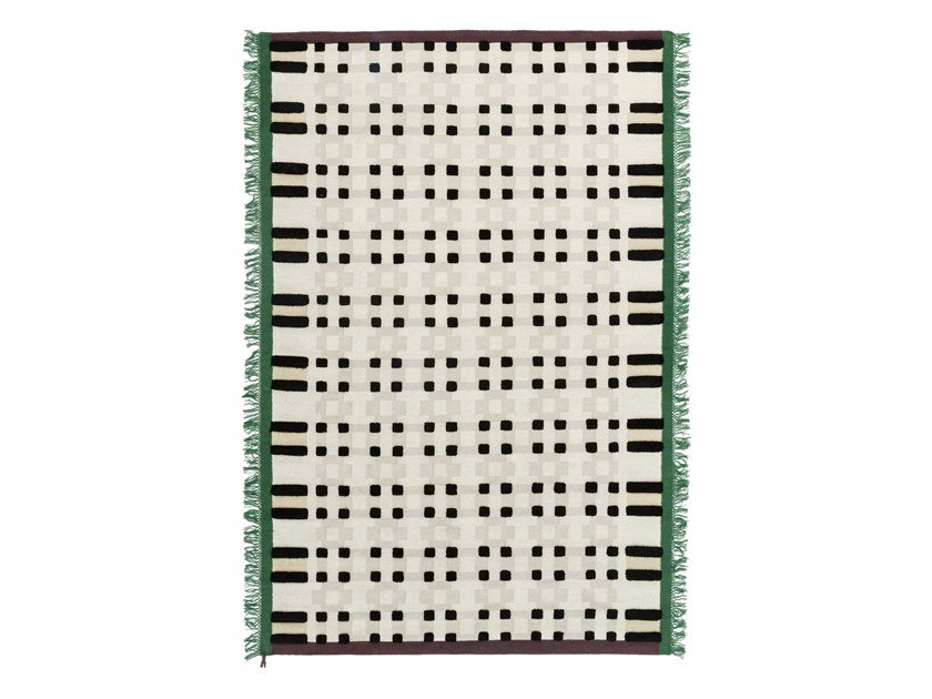 Handmade rug with geometric shapes MOSAICO by Karpeta