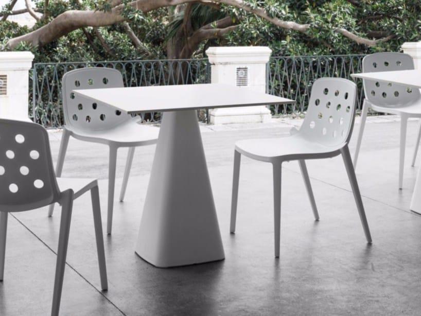 Tavolo da giardino quadrato in tecnopolimero MUG by GABER
