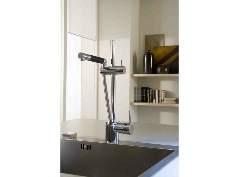 1 hole kitchen mixer tap with pull out spray MULTIPLO by Rubinetterie 3M