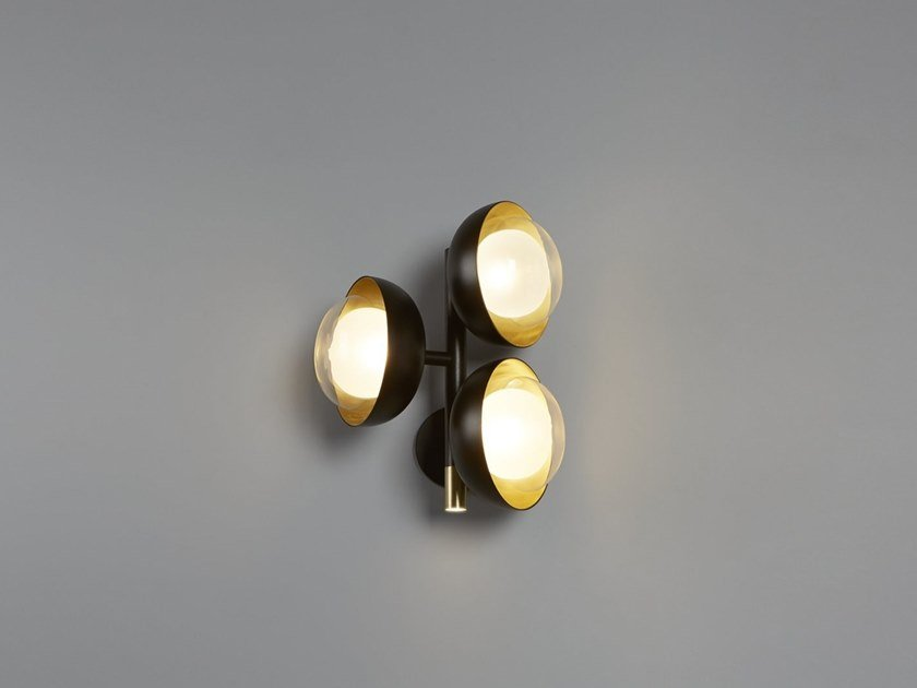 Metal wall lamp with fixed arm MUSE | Wall lamp by Tooy