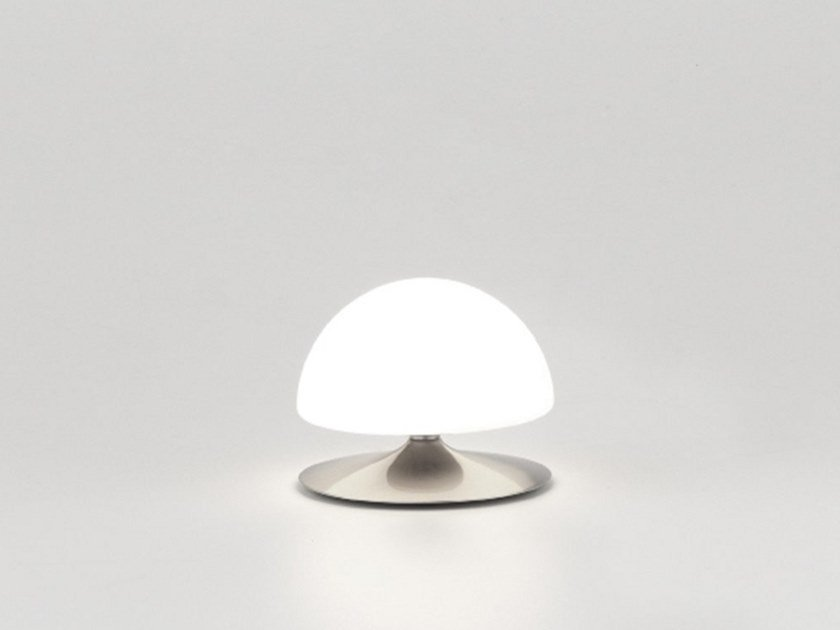 Table lamp MUSH | Table lamp by Aromas del Campo