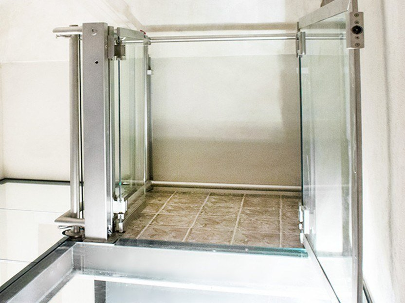 Platform Lift without wall fixings MYPOCKET by AREALIFT