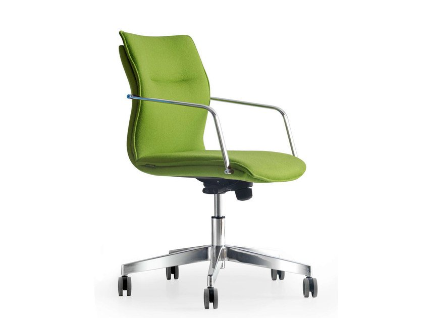 Height-adjustable fabric task chair with 5-Spoke base with armrests MAYBE | Swivel task chair by Quinti Sedute