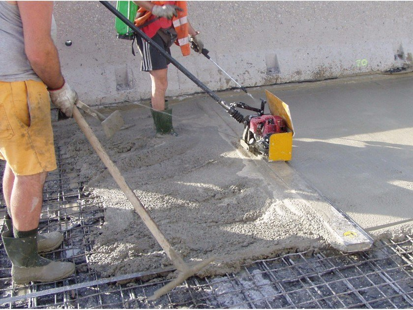 Additive for cement and concrete MasterEmaco A 640 by Basf