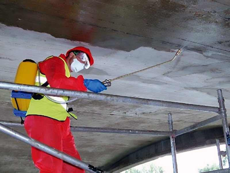 Surface protector for concrete MasterProtect H 303 by BASF Construction Chemicals