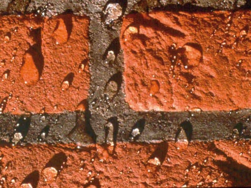 Impregnante idrorepellente per la protezione delle murature