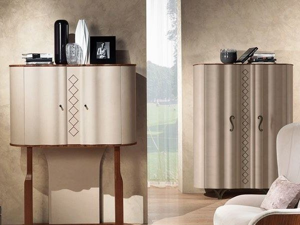 Wooden highboard with doors MISTRAL | Highboard by Carpanelli Contemporary