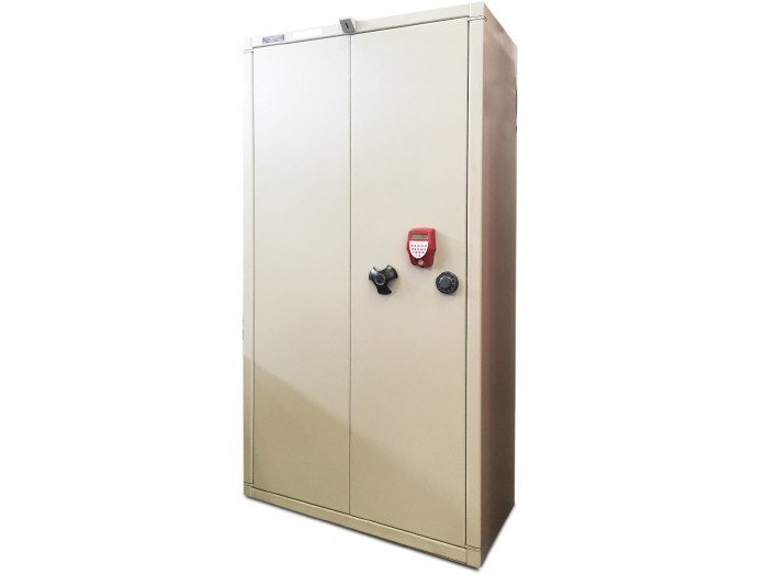 Sectional steel security locker Sectional security locker by Parma Antonio & Figli