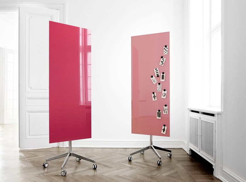 Magnetic glass office whiteboard with casters Mood Mobile by Lintex
