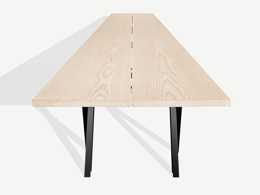 Rectangular steel and wood table N.E.T. by MA/U STUDIO