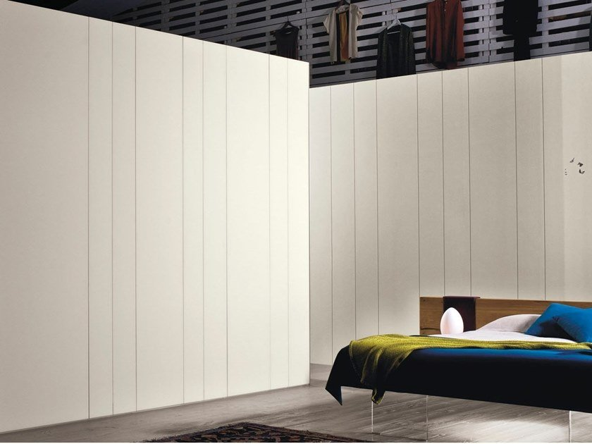 Striped fabric wallpaper N.O.W. | Wallpaper by Lago