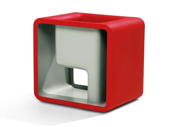 Polyethylene stool / coffee table NA by Felicerossi