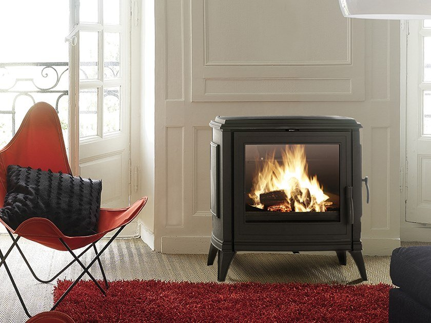 Wood-burning Class A wall-mounted cast iron stove NADINE by CAMINETTI MONTEGRAPPA