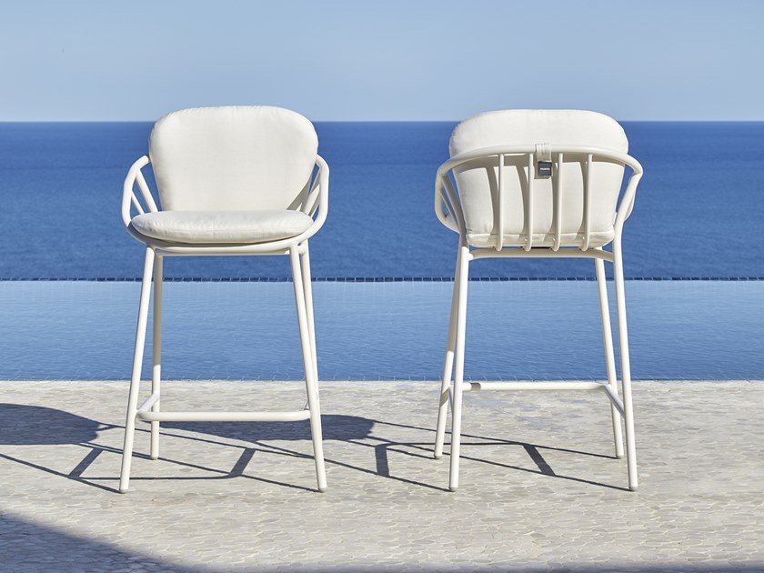 High garden stool NANSA | Stool by MUSOLA