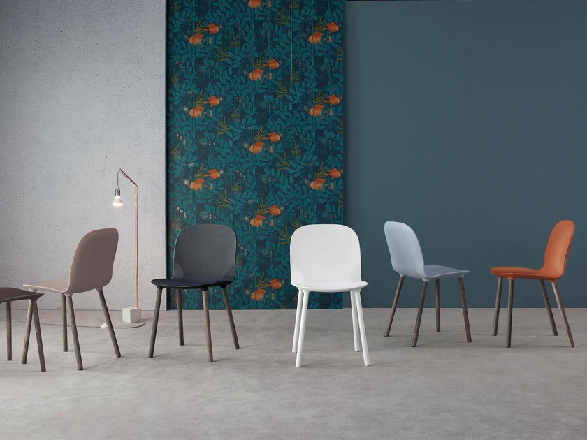 Polyurethane chair NAPI by Bonaldo