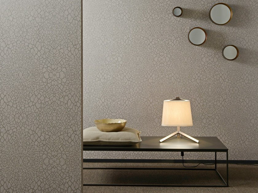 Nonwoven wallpaper NASHIRA LACE by Omexco