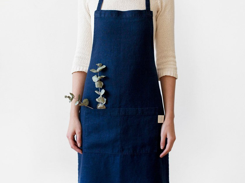 Washed linen apron NAVY | Kitchen apron by Linen Tales