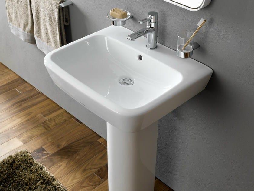 rundes waschbecken mit elegant kreativ fr rundes waschbecken und beste ideen von waschtisch. Black Bedroom Furniture Sets. Home Design Ideas
