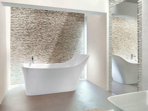Freestanding oval bathtub NEBBIA by Polo