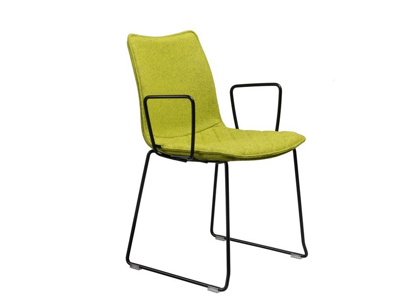 Sled base fabric chair with armrests NEBRASKA | Sled base chair by AP Factor
