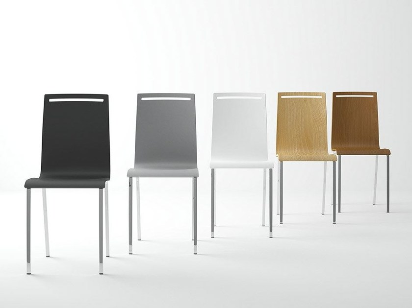 Lacquered chair NERA | Chair by CANCIO