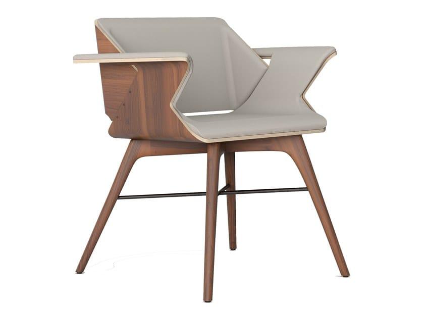 Sedia in legno massello con rivestimento in pelle o tessuto NEST WINGS | Sedia by AROUNDtheTREE