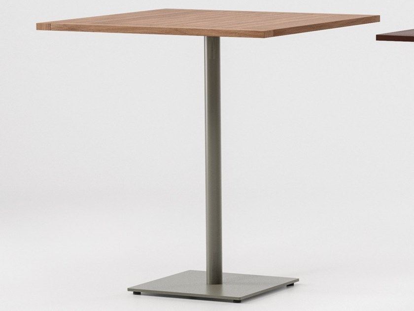 Square teak garden table NET | Teak table by Kettal