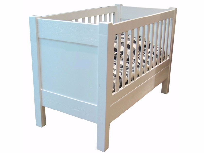 Wooden cot NEW CLASSICS | Cot by Mathy by Bols
