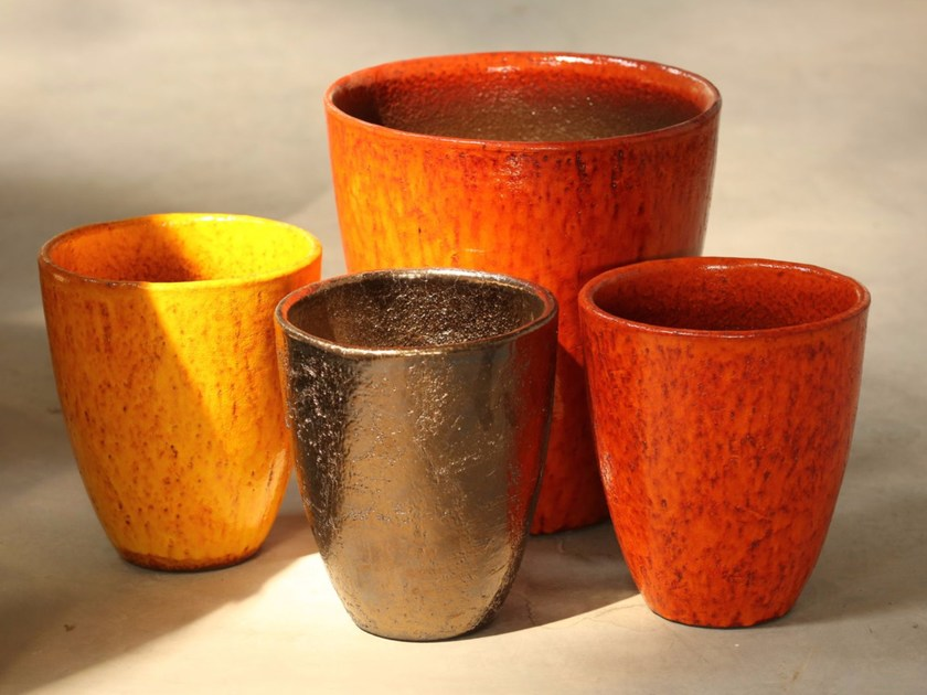 Terracotta vase NEW DELHI by Domani