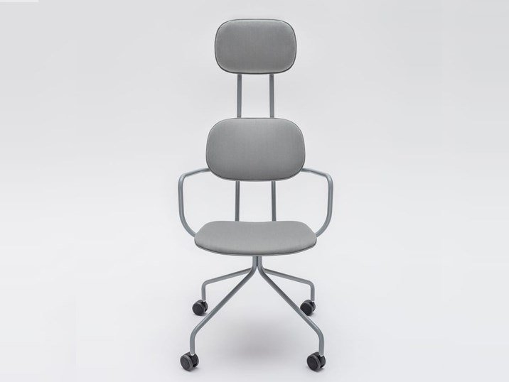 Trestle-based fabric chair with castors NEW SCHOOL | Chair with integrated cushion by MDD