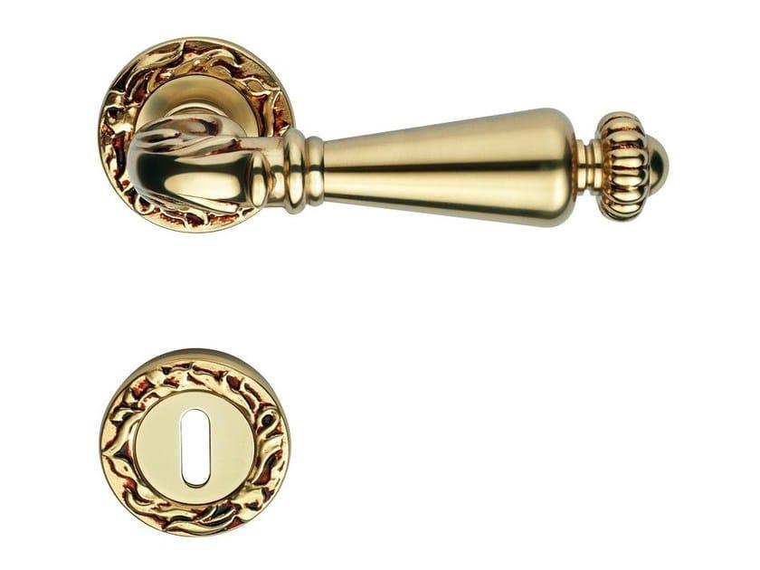 Classic style brass door handle with lock NINFA | Door handle with lock by LINEA CALI'