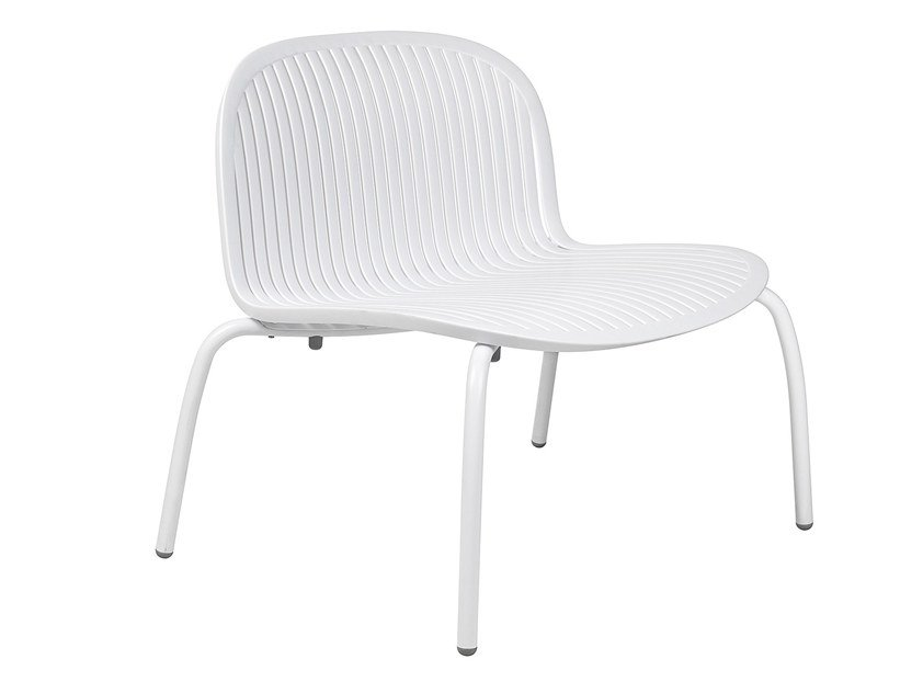 stackable chair with armrests net relax by nardi design raffaello