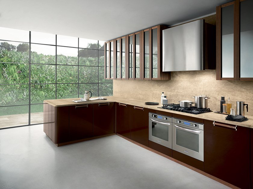 Lacquered wooden kitchen with peninsula NOISETTE ROOM FOUR by Composit