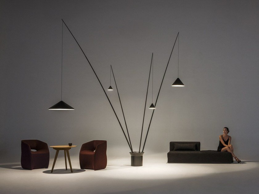 LED carbon fibre floor lamp NORTH | Floor lamp by Vibia