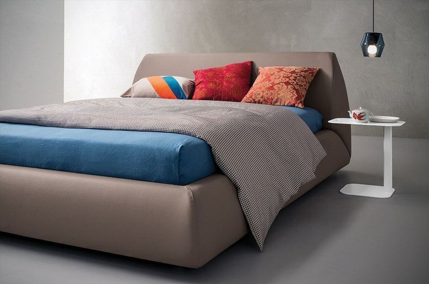Upholstered leather king size bed NOVA by Dall'Agnese