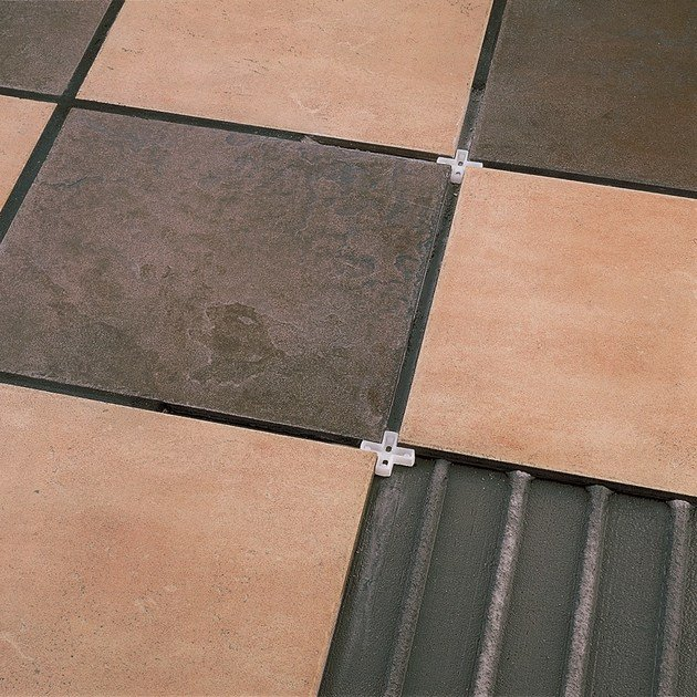 Flooring spacer NOVOCRUCET by EMAC Italia