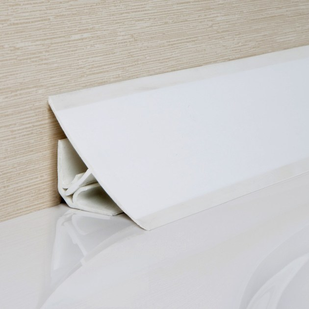 Antibacterial edge profile for floors for walls NOVOESCOCIA® 3 PVC | Antibacterial edge profile by EMAC Italia