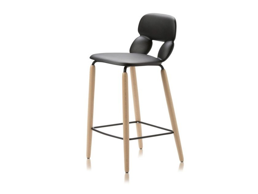 Polyurethane stool NUBE W SG 65 by CHAIRS & MORE
